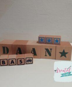 houten naamblokken