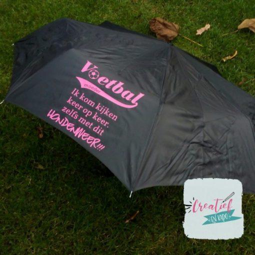 zwarte voetbalmoeder paraplu