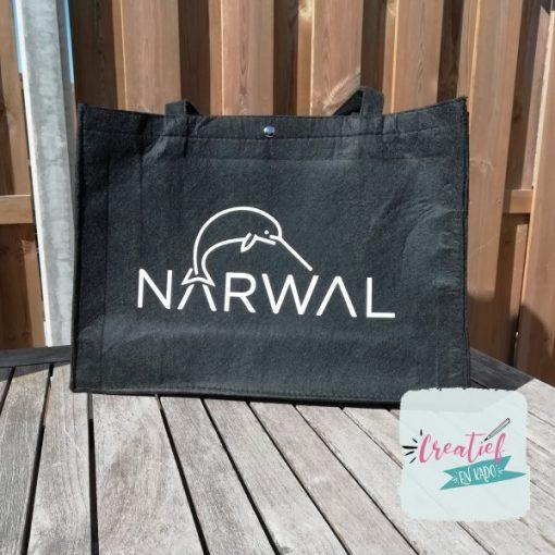 Vilten tas zwart, tas met logo