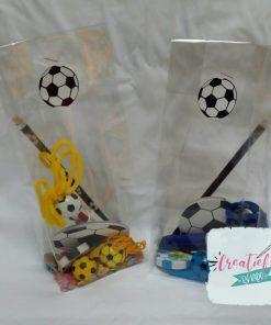 traktatie idee voetbal blauw en geel