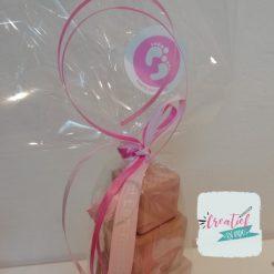cadeau geboorte meisje verpakt