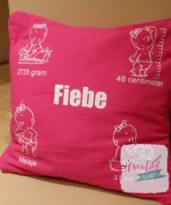 kussenhoes roze met geboortegegevens meisje