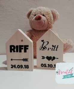 houten huisje naam en geboorte datum
