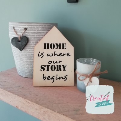 home is where our story begins houten huisje