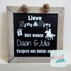 krijtbord Sinterklaas, Lieve Sint & Piet hier wonen namen vergeet ons huisje niet