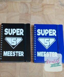 notitieboekje supermeester, notitieboekje blauw, notitieboekje zwart