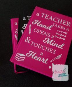 notitieboek roze leraar, a teacher takes a hand