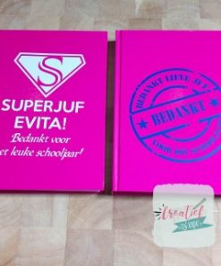 notitieboek roze superjuf, notitieboek naamstempel juf