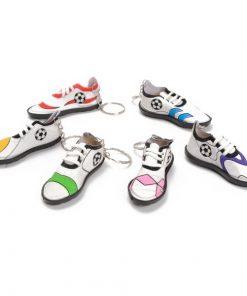 sleutelhanger voetbalschoen, voetbal traktatie, uitdeelkadootjes,