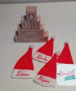 kerstmuts met naam mini, rode kerstmuts bedrukt met naam,