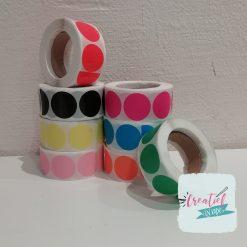ronde sticker gekleurd, traktatie sticker gekleurd, sluitzegels gekleurd