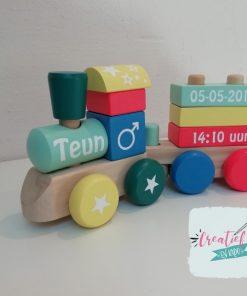 houten trein, kraamcadeau met naam, Teun