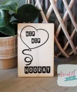 houten kaart hip hip hooray, houten kaart felicitatie, houten kaart verjaardat