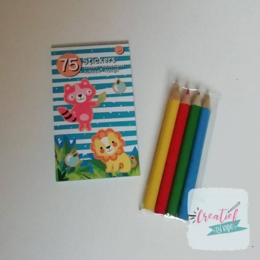 dieren stickerboekje potloodjes traktatie, kleuter traktatie