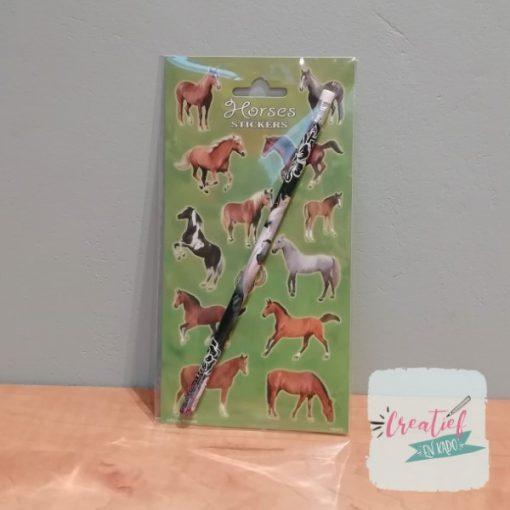 paarden stickervel traktatie, paarden thema, meiden trakatie