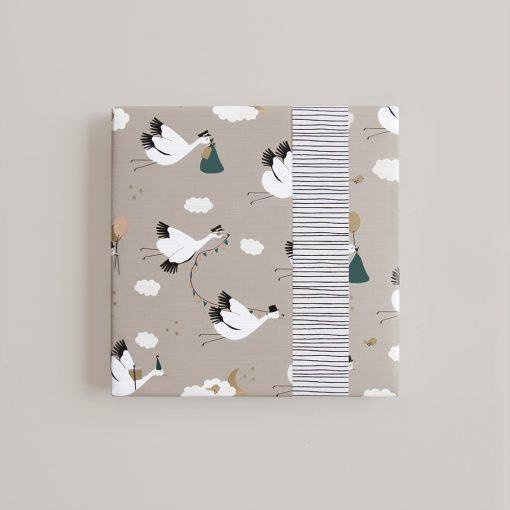 cadeau papier baby bird, inpakpapier baby bird, kadopapier baby bird, kraamcadeau inpakken, baby inpakpapier