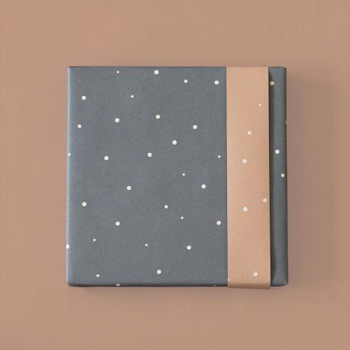inpakpapier little dot, cadeau papier dots, kado papier blauw, baby papier, cadeau inpakken